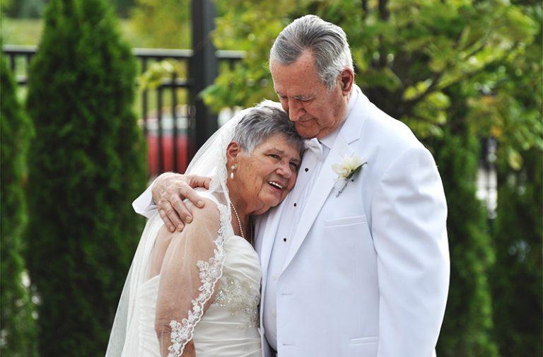 Mokena Honors Couple's 60th Wedding Anniversary