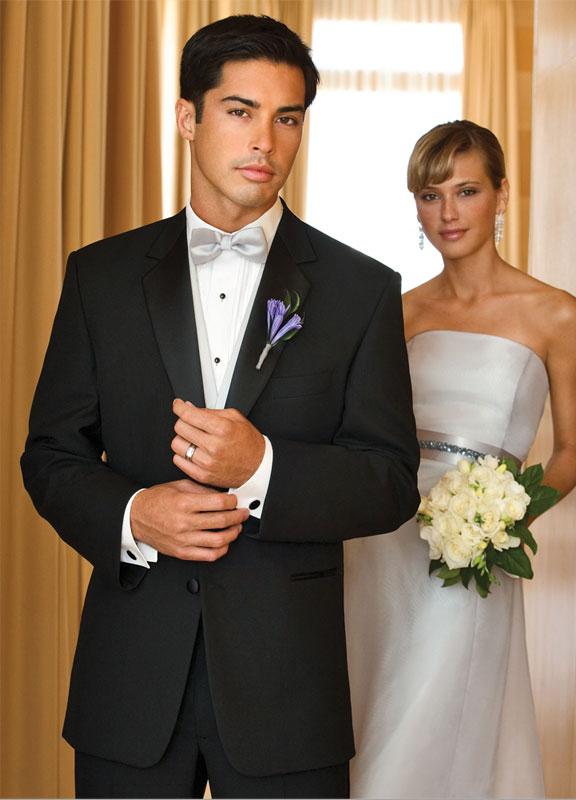Diamond Formalwear | Bella Sposa Boutique